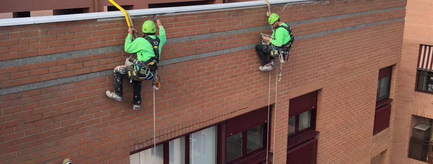 trabajos verticales en edificios